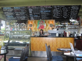 Austin Photo: places_drinks_Dolce Vita_interior