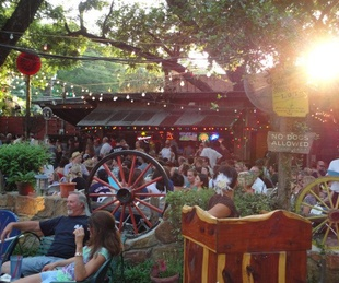 austin photo set: news_july_arden_unplugged at grove