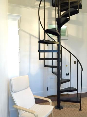 HK Austin hostel stairwell