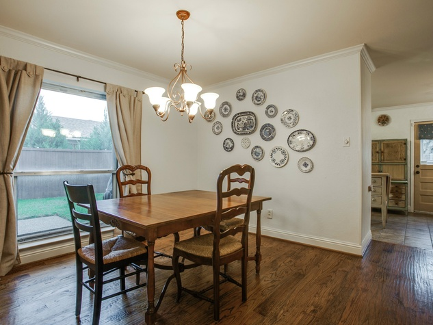 Dining room at 1500 Stoneham Place in Richardson