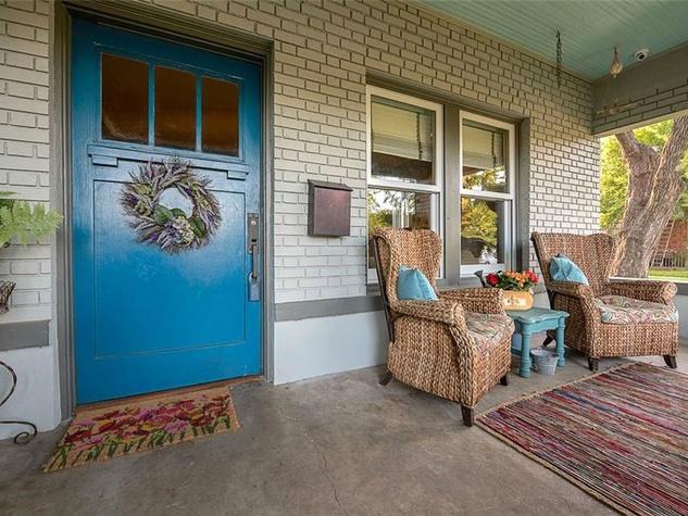 Exterior 701 S. Clinton Ave. in Oak Cliff