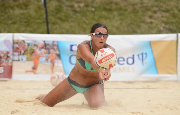 5 Jayme Lamm Jessica beach volleyball player October 2014