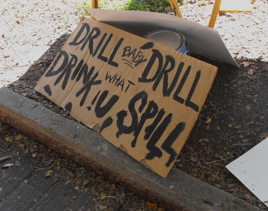 Occupy_Houston_Silent_Protest_sign