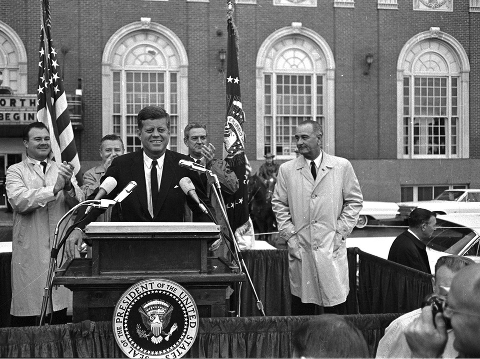 JFK, The University of Texas at Arlington Library