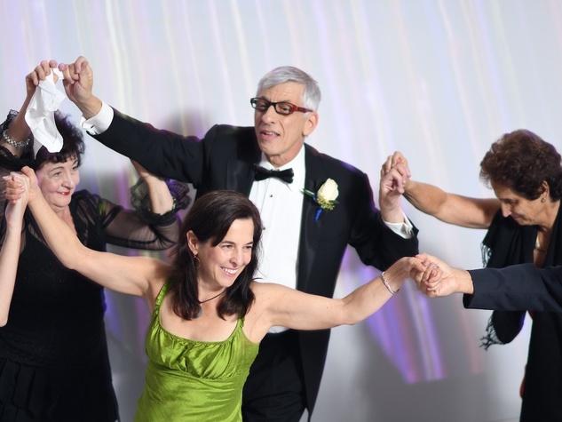 Wedding Pugh Dascoulias dance with Claudia Kolker, Susan Greenberg