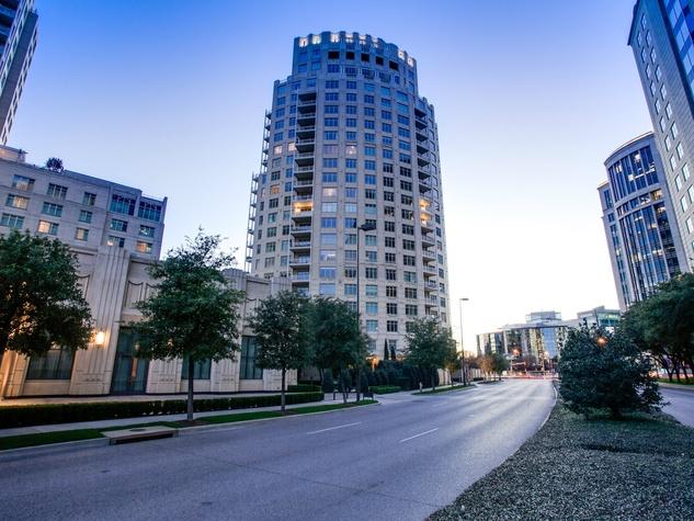 2555 N. Pearl St. Tower Residences