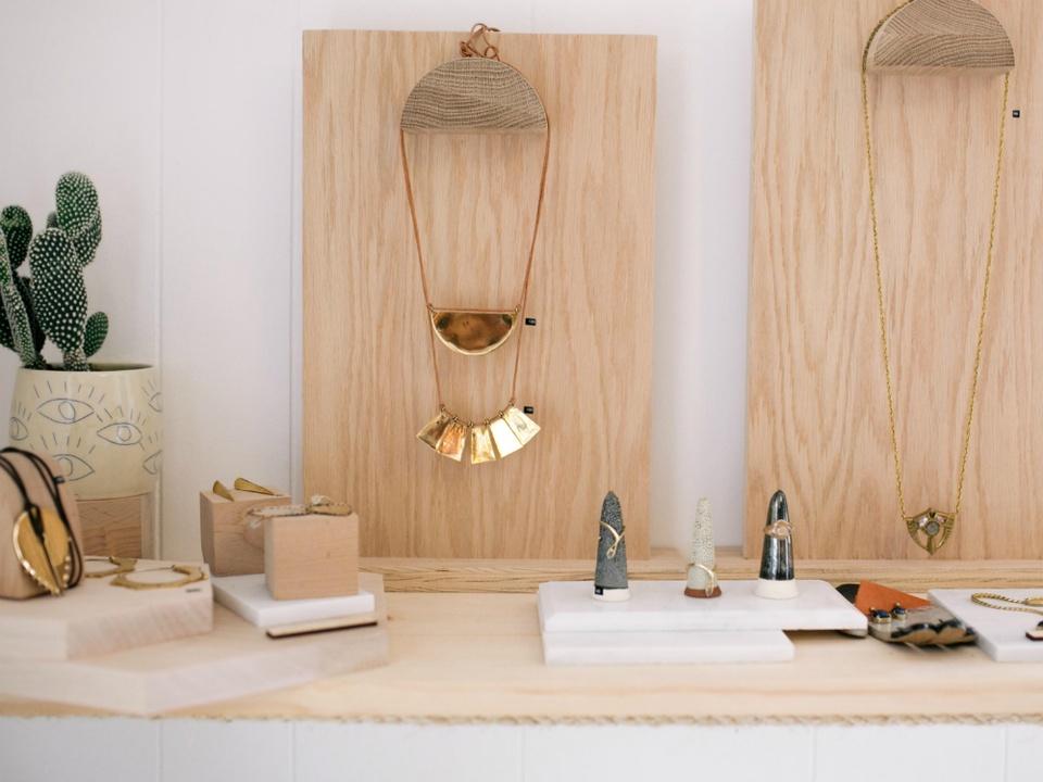 Aro_pop up shop_jewelry hanging_2015