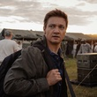 Jeremy Renner in Arrival