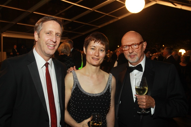 128 Ron Witte, from left, Sarah Whiting and Nicolas Shumway at the Baker Institute 20th Anniversary Gala November 2013