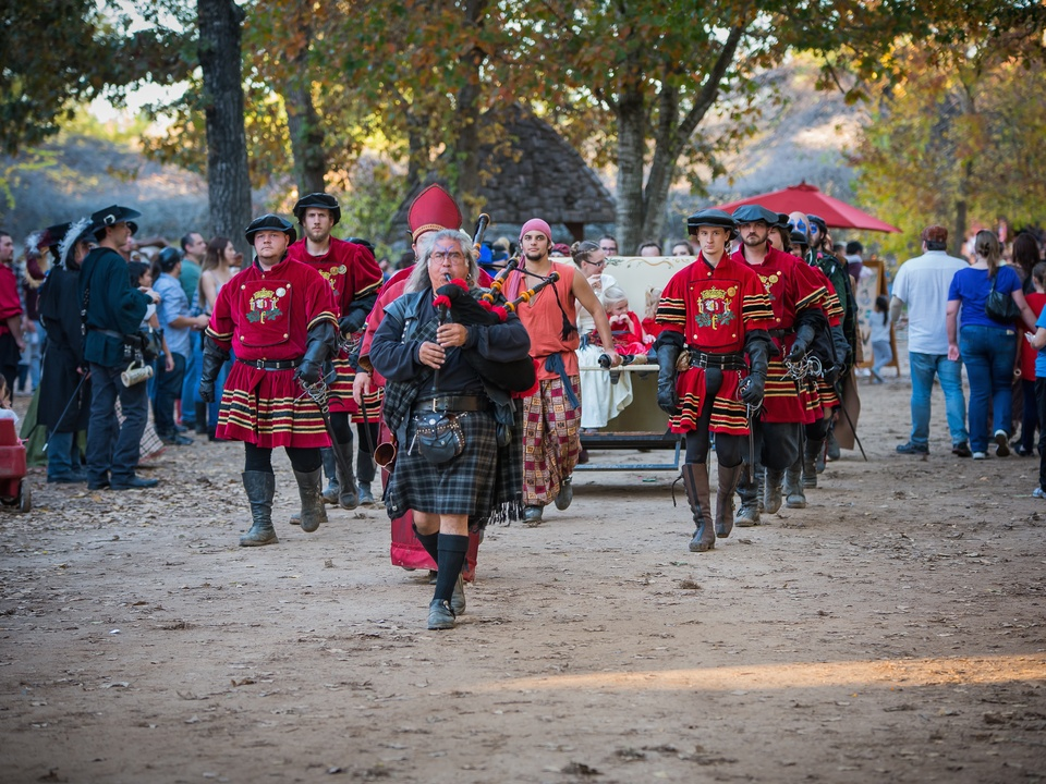 Renaissance Festival Weddings, Feb. 2016 En route to the King's Chapel