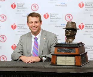 "Houston, Paul ""Bear"" Bryant Awards winner_Dabo Swinney_Jan 2017"