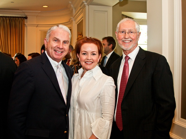 News_Menninger luncheon_May 2012_Mark Wallace_Shannon Wallace_Ian Aitken