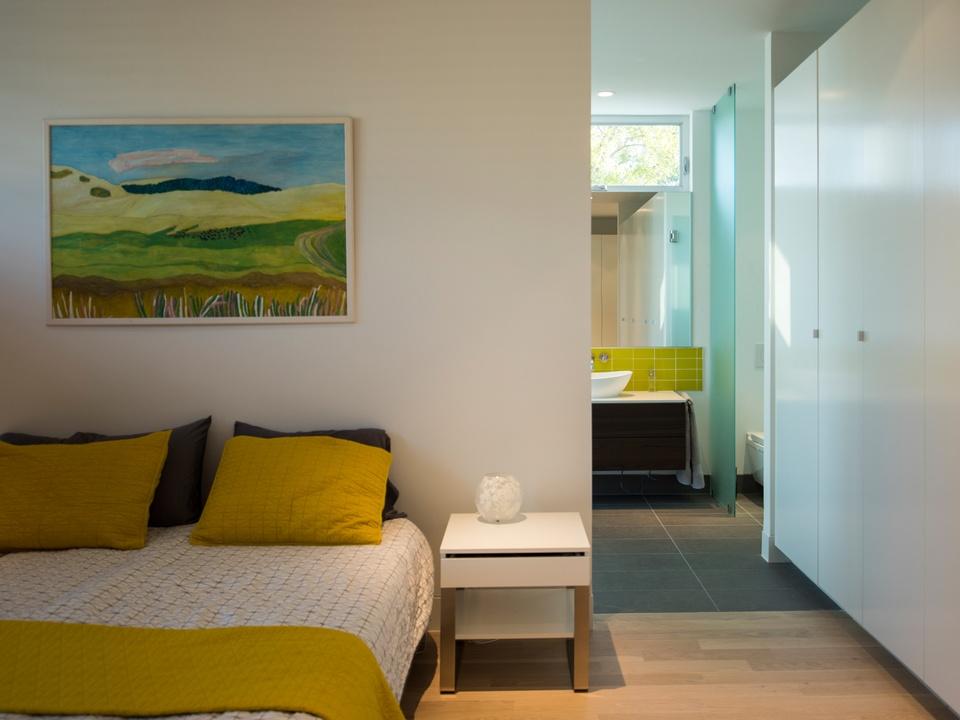 Houston Modern Home Tour September 2014 5319 Jackson Intexure Architects bedroom Heijnen-Kavelaars Residence Master