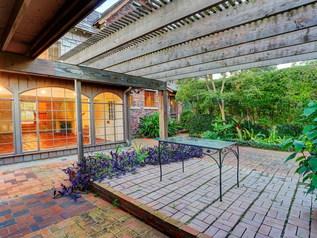 On the Market 3375 Del Monte Drive February 2015 patio