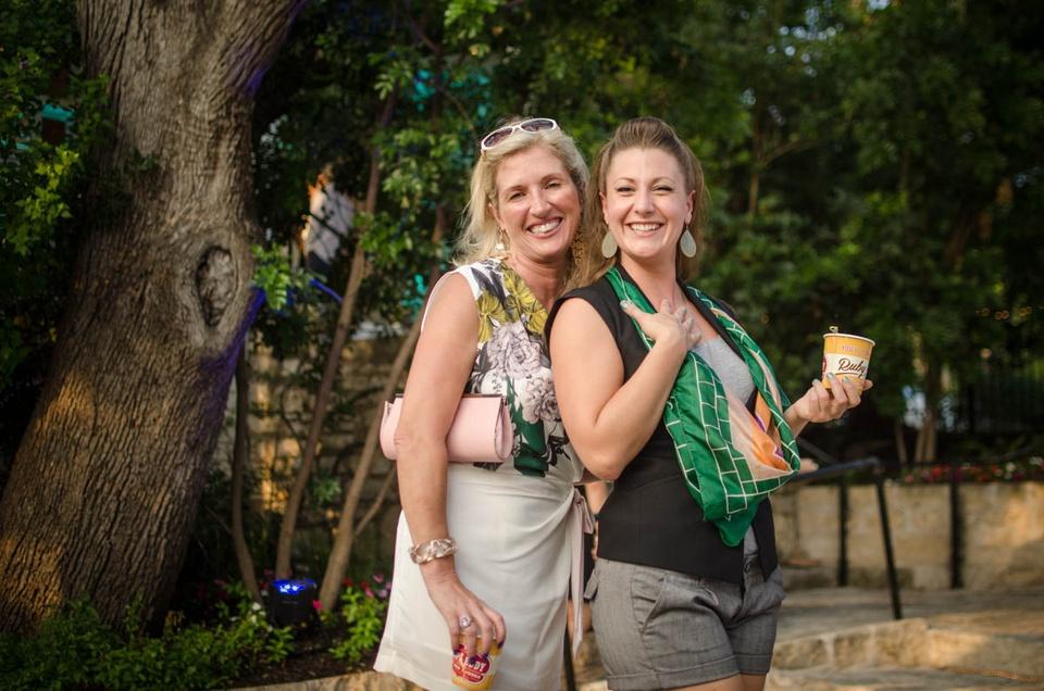 Charitybash Benefit Stephanie Samuels and Lindsey Lindberg