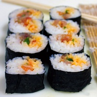 Austin Photo Set: News_Mark_sushi class_april 2012_sushi roll