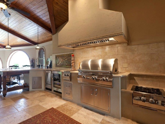 On the Market 15 Grand Regency Circle Enron mansion The Woodlands January 2015 outdoor kitchen