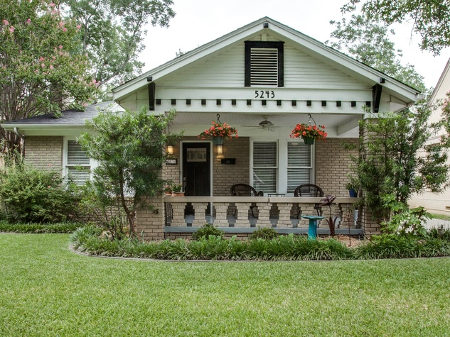 5 best dallas neighborhoods to buy a house right now for Buy house in dallas texas