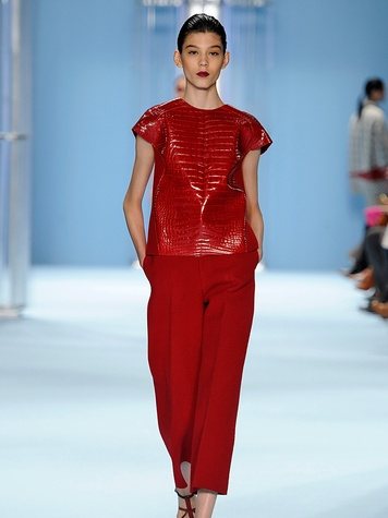 Clifford New York Fashion Week fall 2015 Carolina Herrera Top Look_09