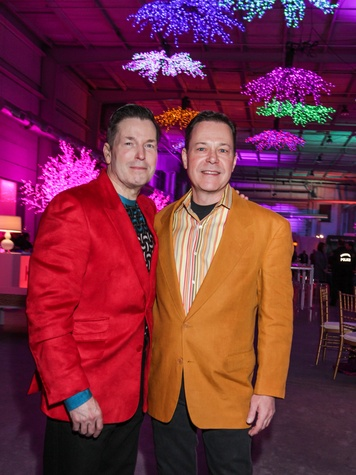 16 Scott Evans, left, and Jeff Henry at the Social Book Launch Party February 2014