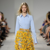 Michael Kors spring 2015 look 16 blue shirt and daffodil embroidered tulle skirt