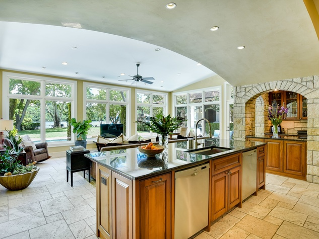 1430 Rockcliff Rd Austin house for sale kitchen