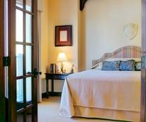 Hotel Granduca Austin opening 2015 bedroom