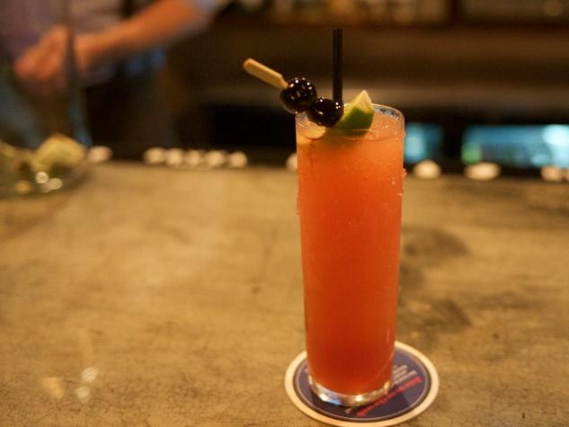 9 Wooster's Garden in Midtown December 2014 drink cocktail