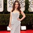 Emilia Clarke at 71st Annual Golden Globes January 2014 carrying Baird & Baird purse