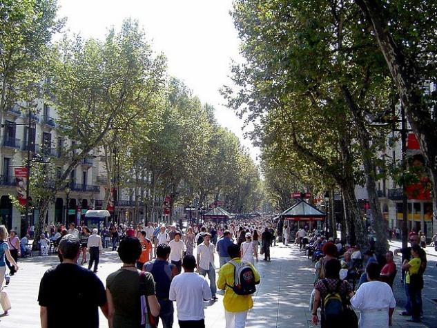 Las Ramblas, Barcelona, pedestrians