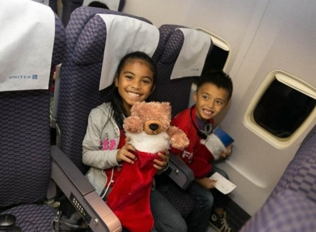 United Airlines free trips to 'North Pole'