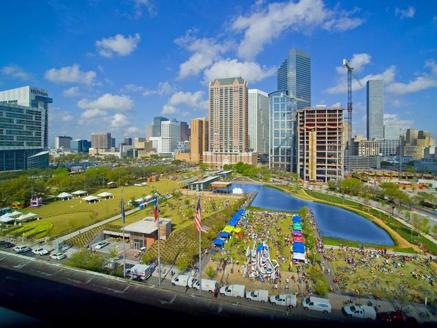 News_Houston_downtown_skyline_Discovery Green