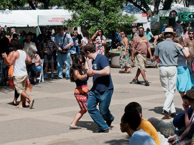 iFest, Houston International Festival, dancing