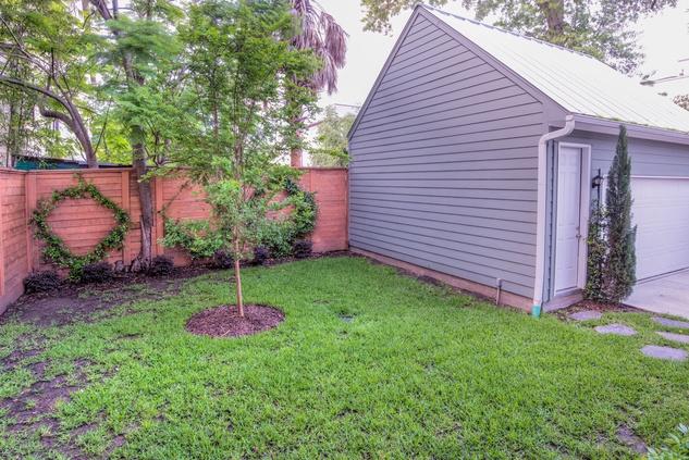 Houston, 1216 Bomar, June 2015, detached garage