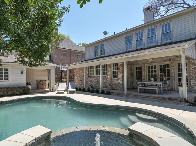 Pool at 3716 Marquette St. in Dallas