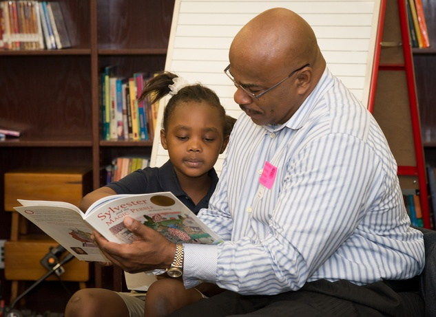 News, Shelby, AdvoCare reading event, August 2014, Charles Alexander
