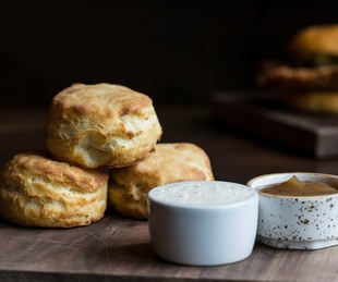 Fixe restaurant biscuits