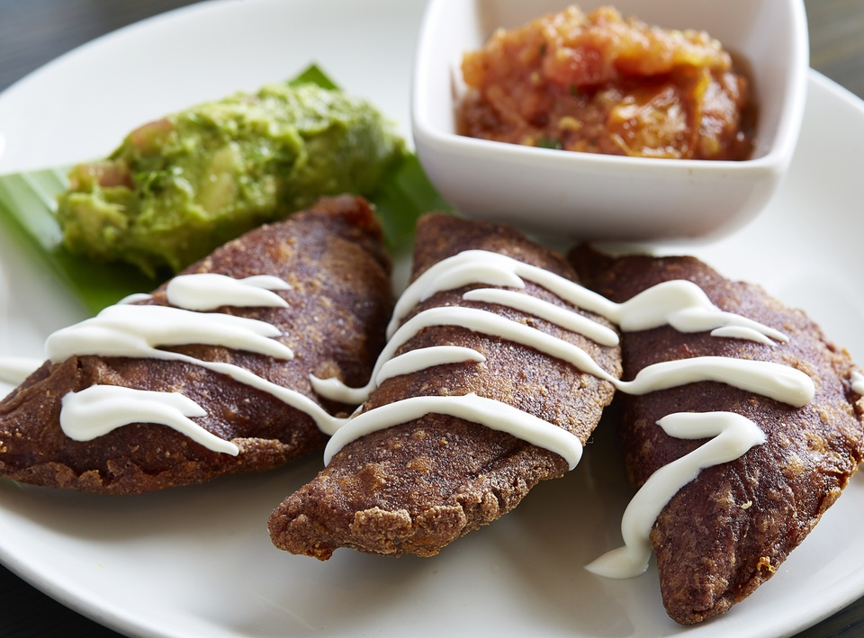 Komali, empanadas, chef