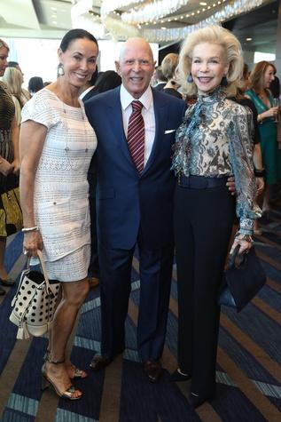 Sue Smith, Lester Smith, Lynn Wyatt at Best Dressed Luncheon 2017