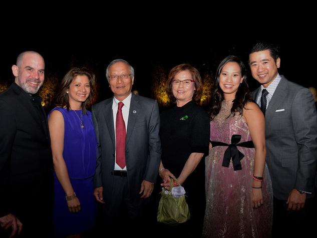 6 0618 John Bradshaw Jr., from left, Bonna Kol, Henry and Jenny Wu and Janae and Kenneth Tsai at the Asia Society Spotlight Asia party April 2014