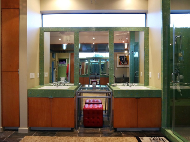 On the Market 2603 Hopkins St. September 2014 master bedroom 3 bath vanities