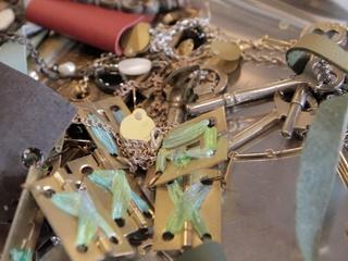 News_Joel_Monique Weston_jewelry_April 2012