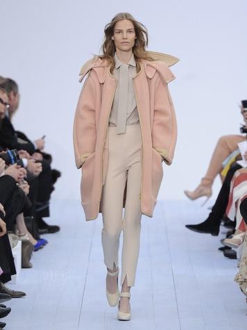 News_Lindley_Paris Fashion Week_Chloe_April 2012