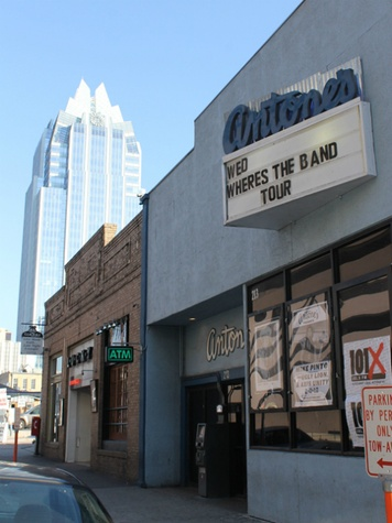 Austin Photo:Places_Antone's_exterior2