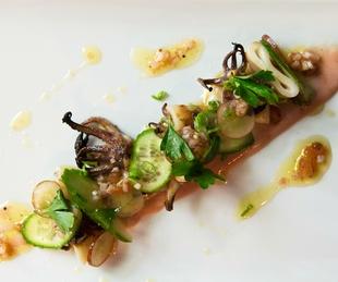Juniper grilled squid