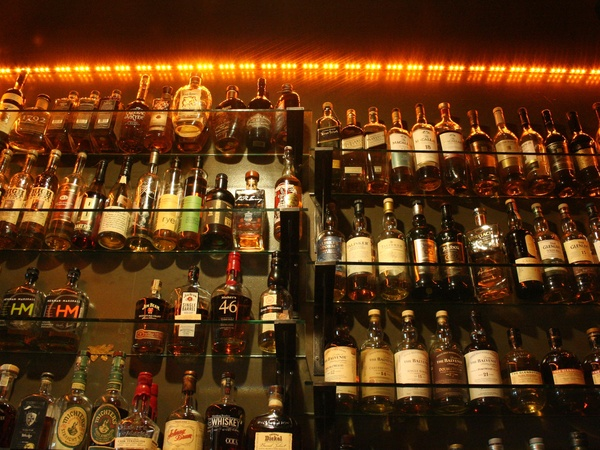 California-based restaurant bringing whiskey, comfort food to H-Town ...