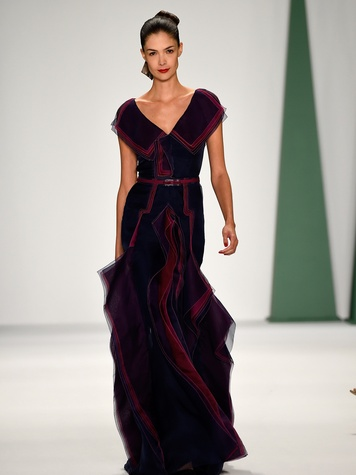 Fashion Week spring 2015 Carolina Herrera purple and red gown