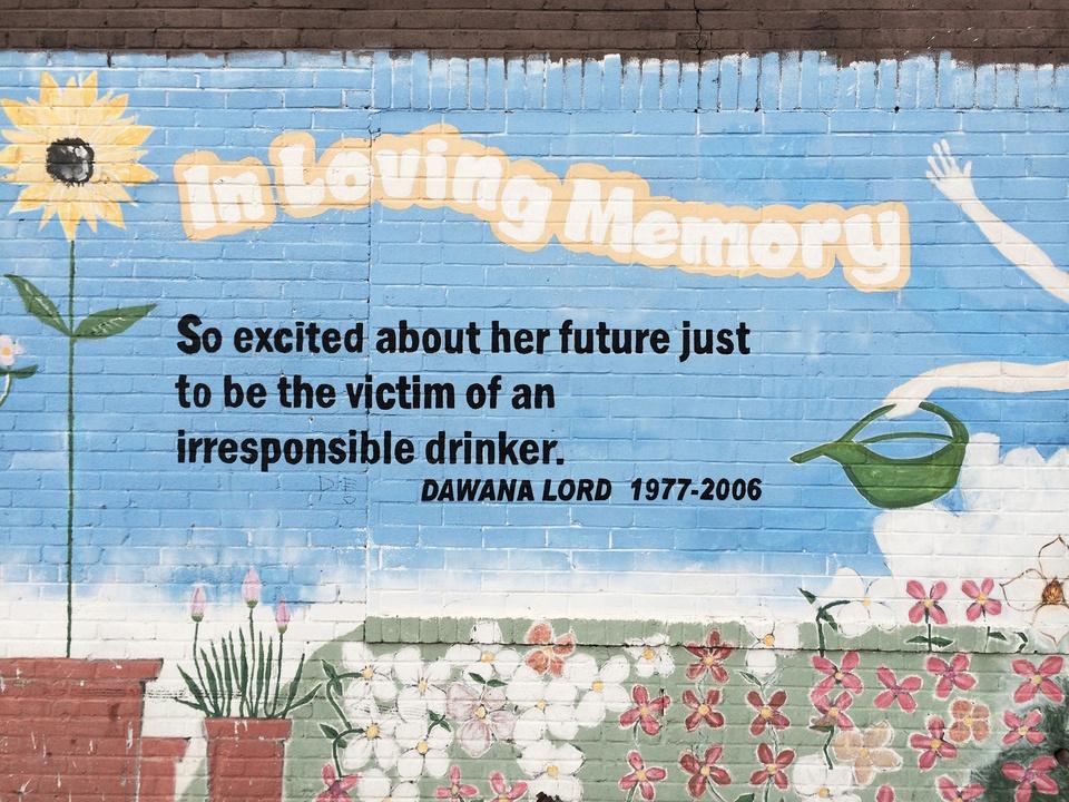 Street Art of Love and Heartbreak in Austin 10