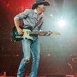 Tim McGraw dancing