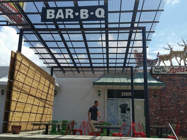Stubb's Bar-B-Q barbecue bbq Crestview Lala's Little Nugget